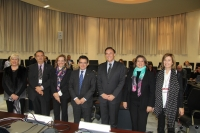 El Comité Ejecutivo de la Sectorial de Secretarios Generales junto al rector de la UCO, José Carlos Gómez Villamandos y la secretaria general, Carmen Balbuena, al inicio de las jornadas.