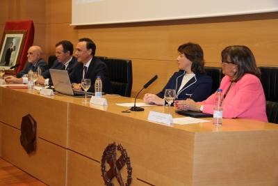 De izquierda a derecha, Pedro Ruiz, Eulalio Fernández, José Carlos Gómez Villamandos, Mª Ángeles Jordano y Ana María Padilla durante el acto de apertura