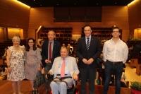 En el centro, delante, Enrique Aguilar Gavilán, acompañado por Mª José Porro, Soledad Gómez, Ricardo Córdoba de la Llave, José Carlos Gómez Villamandos y Rafael Castejón