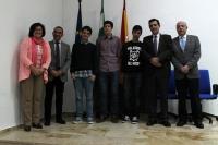 Ganadores y autoridades en la entrega de premios de la Olimpiada Química