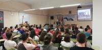 Vista general de la sala durante la conferencia impartida por la profesora Antolí