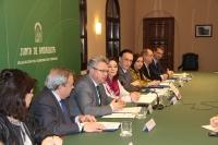 Un momento de la firma del convenio en la Delegación del Gobierno de la Junta de Andalucía.