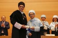 Momento en que Pablo García Baena fue investido doctor honoris causa por la Universidad de Córdoba