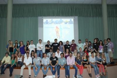 Foto de familia de los participantes en UCOTAMDEM