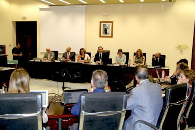 Primera sesión de Consejo de Gobierno tras la toma de posesión del rector y su nuevo equipo de dirección