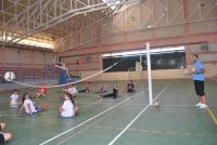 Práctica de voleibol sentado