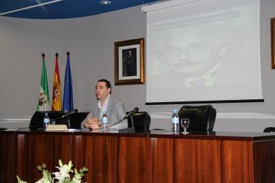 Roberto Carlos Ruiz, responsable del departamento de Recursos Humanos de Bofrost, explica las salidas laborales en el ámbito de los RRHH.