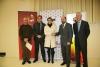 Torres y Cabrera se saludan tras la firma del convenio