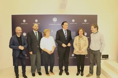 El rector de la UCO, junto con otros miembros de la comunidad universitaria en la presentación de la Semana de la Ciencia