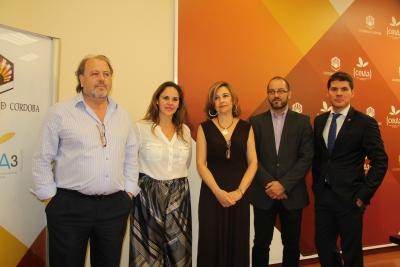 De izquierda a derecha, Fco. Luis Córdoba, Aurora Mª Barbero, Rosario Mérida, David Luque y Gonzalo Herreros, durante la presentación del CMUDE 2016.