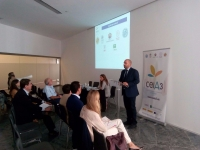 Enrique Quesada, coordinador general del ceiA3, se dirige al público asistente en el taller de innovación durante Andalucía Sabor