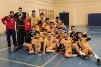 El equipo de balomano de la UCO que se ha proclamado campeón de los CAU