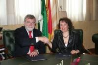 El rector, José Manuel Roldán y la presidenta del Instituto Municipal de Artes Escénicas