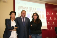 De izquierda a dcha., Carmen Tarradas, Manuel Torralbo y María José Romero