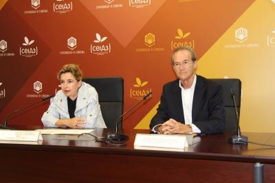 Rosario Mérida y Manuel Guillén del Castillo, en la presentación del ciclo.