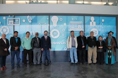 Participantes del WIEF que han visitado las instalaciones de Rabanales 21