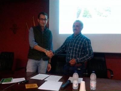 Investigadores de la UCO transfieren al sector un nuevo sistema para mejorar el riego de la fresa