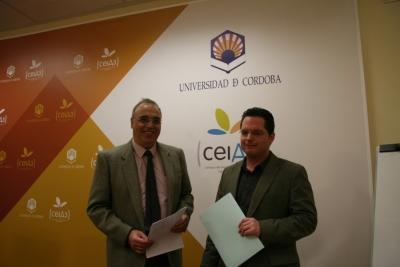 Diego Martínez (izq) y Juan de Dios Torralbo durante la presentación