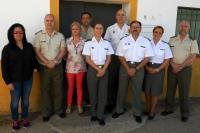 Librado Carrasco (el tercero por la derecha), con integrantes del Laboratorio de Investigación Aplicada del Ministerio de Defensa