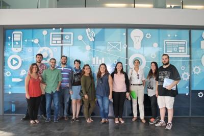 Técnicos y componentes de Lanzahara durante su visita a Rabanales 21