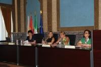 De izda. a dcha., Elvira Méndez, Rosario Mérida, Marisa Sala y Ascensión Quintero en la inauguración de la jornada.