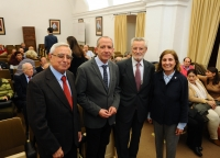De izquierda a derecha, Joaquín Mellado, Ricardo Córdoba de la Llave, José Peña y Mª Dolores Muñoz Dueñas al inicio de la conferencia