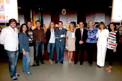 Autoridades asistentes a la jornada de bienvenida a los estudiantes Erasmus