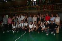 Los miembros del Aula de Danza con profesorado y autoridades académicas