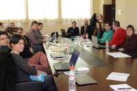 Miembros de VineDivers, junto al vicerrector de Innovación, Transferencia y Campus, Enirque Quesada
