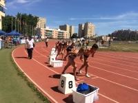 Imagen de la salida de la prueba de 800 metros