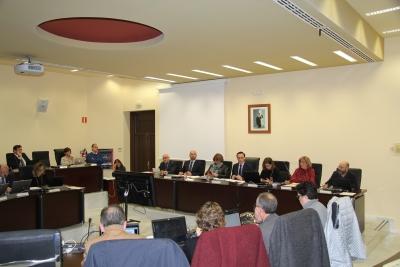 Vista general de la Sala de Consejo de Gobierno durante la sesión ordinaria celebrada hoy.