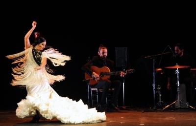 La bailaora Mercedes de Córdoba, en un momento de su actuación