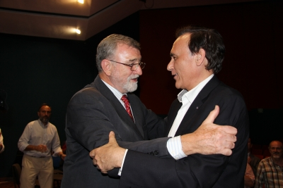 José Manuel Roldán felicita al rector electo, José Carlos Gómez Villamandos