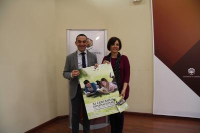 Alfonso Zamorano y Mª Carmen Liñán durante la presentación del certamen
