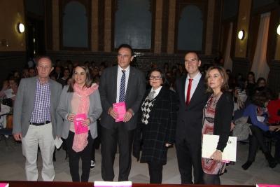 De izquierda a derecha, Andrés Pino, Esther Ruiz, José Carlos Gómez Villamandos, Rosario Ortega, Antonio Jesús Rodríguez-Hidalgo y Rosario Mérida