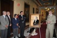 De izquierda a derecha, los ex rectores, Peña, Jover y Domínguez y el rector entrante, José Carlos Gómez Villamandos, escuchan las palabras del rector José Manuel Roldán