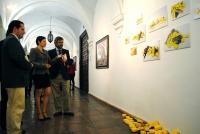 Un momento de la visita a la exposición