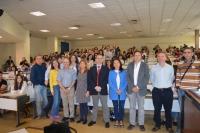 Autoridades y participantes en las Olimpiadas de Economía Provincial