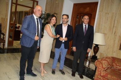 De izquierda a derecha, Antonio Ruiz, Isabel Ambrosio, Felipe López y José Carlos Gómez Villamandos