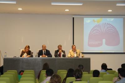 De izquierda a derecha, Julia Romero, Enrique Quesada, José Antonio Cristóbal y Francisco Gracia, en el acto inaugural del nuevo curso de la Cátedra