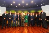 Autoridades y premiados en el Salón de Actos del Rectorado