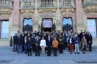 Participantes del Congreso de Investigadores junto al Rector de la UCO, en el centro, y otras autoridades