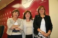 De izquierda a derecha, Mercedes Osuna, Soledad Pérez y Aurora Genovés