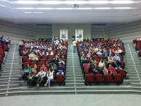 Estudiantes de segundo de ESO en el Aula Magna del campus de Rabanales