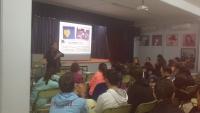 La Cátedra Leonor de Guzmán clausura el ciclo de conferencias en institutos de la provincia para prevenir la violencia de género en la adolescencia.