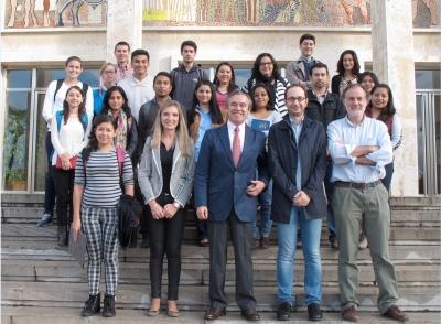 Participantes en Eula Links y directivos universitarios