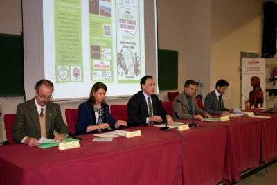 Un momento de la intervención del rector de la Universidad de Córdoba durante la inauguración del congreso.