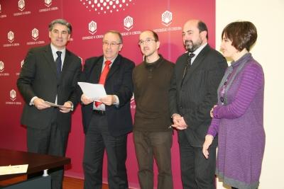 De izq a dcha. Fernando López, Juan Antonio Caballero, Ricardo Reques, Manuel Torres y Carmen Liñán