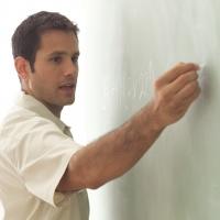 Estudiantes de Matemáticas de toda España participan en la Escuela de Iniciación a la Investigación en Álgebra no Conmutativa organizada por la UCO