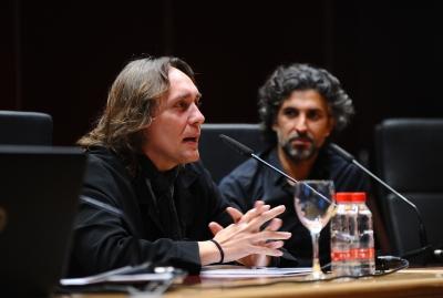 Vicente Amigo y Arcángel, anoche en el Salón de Actos del Rectorado.